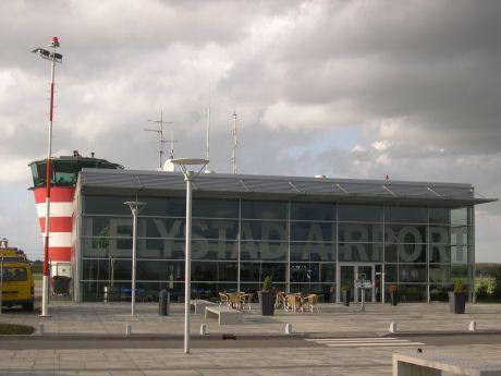 Opening Lelystad Airport uitstellen tot luchtruim heringedeeld is
