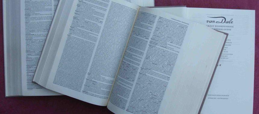 Van_Dale_Dictionary.JPG