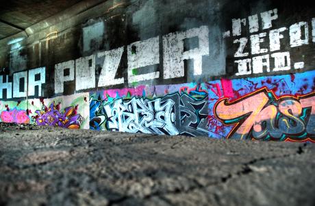Voorkom dat busbrug Zwolse graffiti-kolos wordt